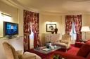 Hotel-le-royal-lyon-chambre-rouge