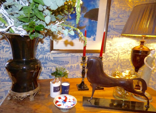 identite-olfactive-bougies-et-dragees-hotel-le-royal-lyon