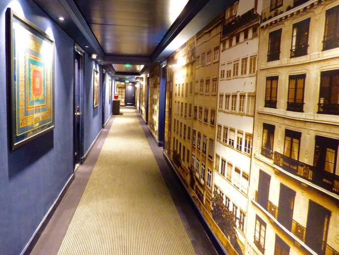 Rénovation des couloirs à l'hôtel le royal lyon