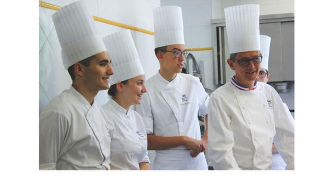 L'Institut Paul Bocuse à l'hôtel Le Royal Lyon, ses élèves et ses chefs