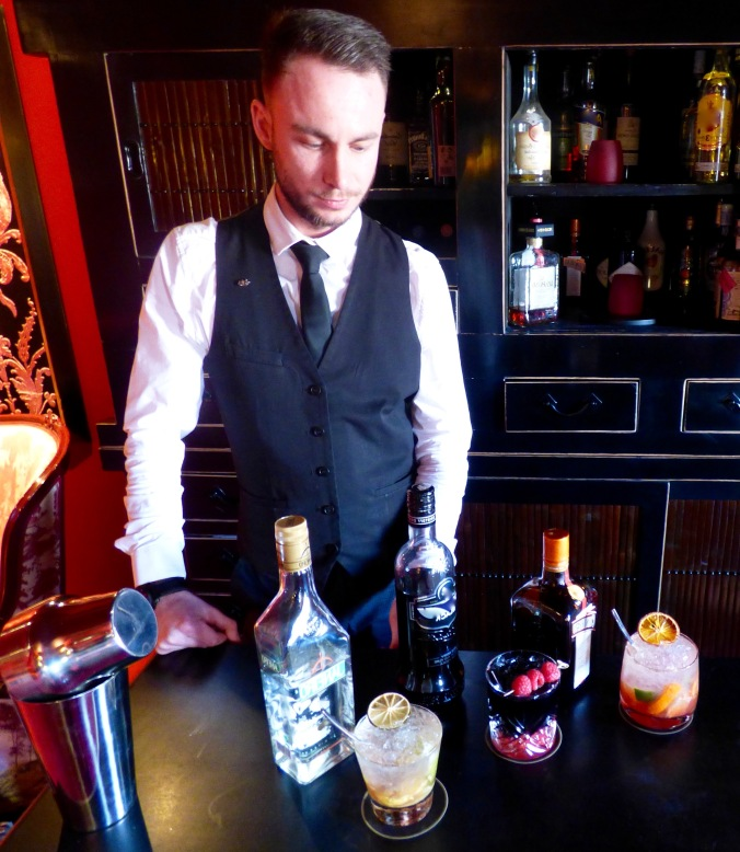 Les cocktails au bar Côté Bellecour de l'hôtel Le Royal lyon