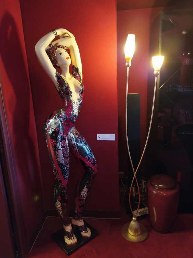 5 sculptures monumentales de Josepha à l'hôtel Le Royal à Lyon
